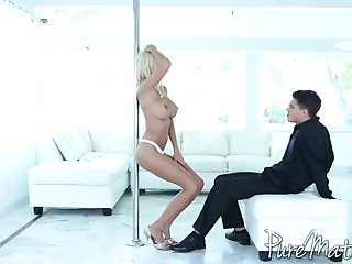 Fake porn videos: enjoy this crazy XXX collection of hardcore fake pornography videos and clips.